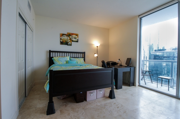 1050_brickell_ave_2012_MLS_10082161_HID1106780_ROOMbedroom1