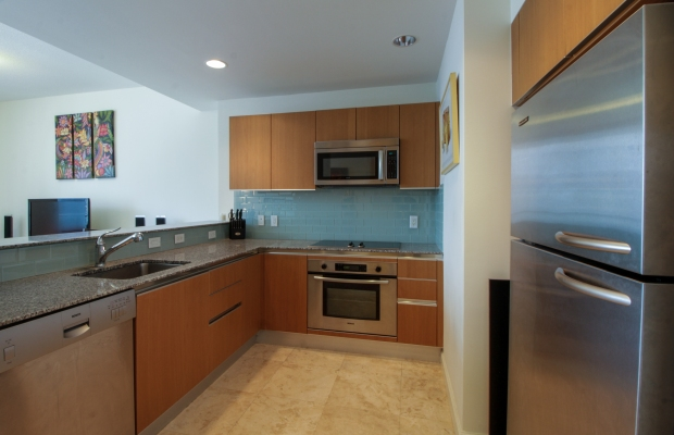 1050_brickell_ave_2012_MLS_10082161_HID1106780_ROOMkitchen
