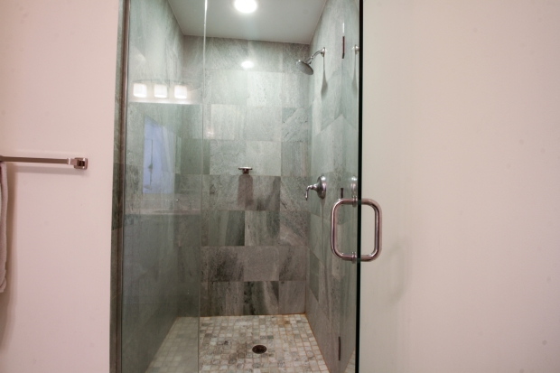 1050_brickell_ave_2012_MLS_10082161_HID1106780_ROOMmasterbathroom
