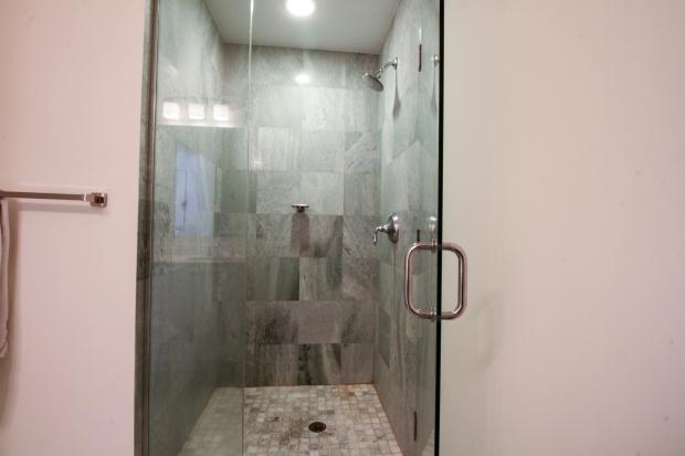 1050_brickell_ave_2012_MLS_10082161_HID1106780_ROOMmasterbathroom
