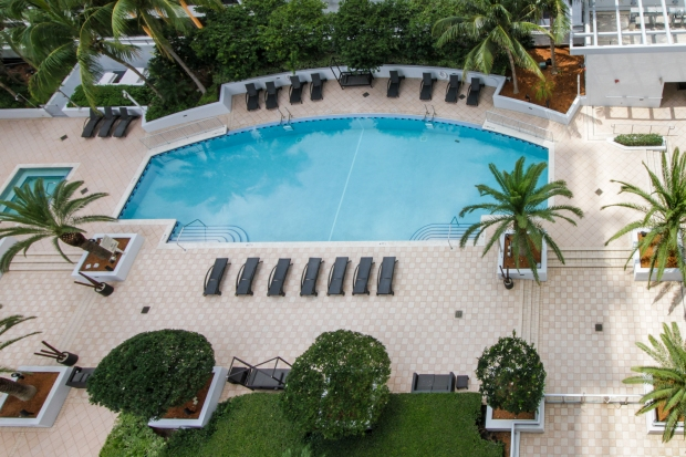 1050_brickell_ave_2012_MLS_10082161_HID1106780_ROOMpool