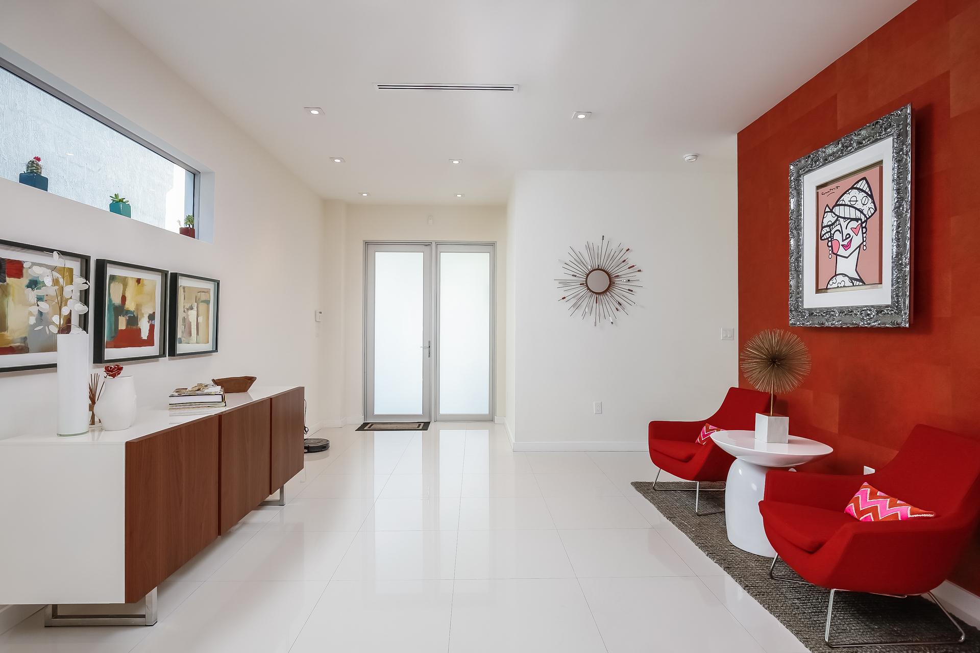007-Foyer-5037881-medium