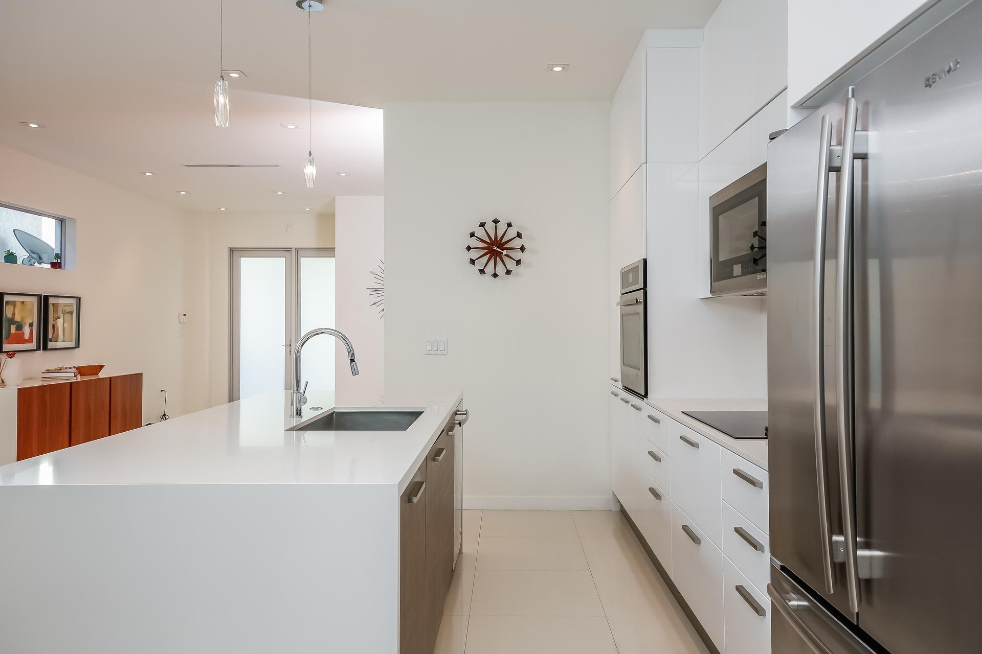 015-Kitchen-5037877-medium